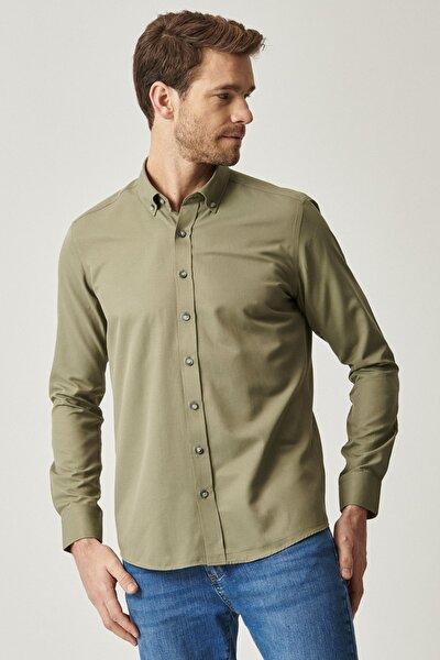 Erkek Haki Tailored Slim Fit Dar Kesim Düğmeli Yaka Gabardin Gömlek