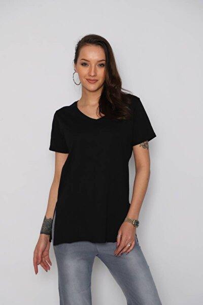 Kadın Siyah V Yaka Yan Kesikli T-shirt