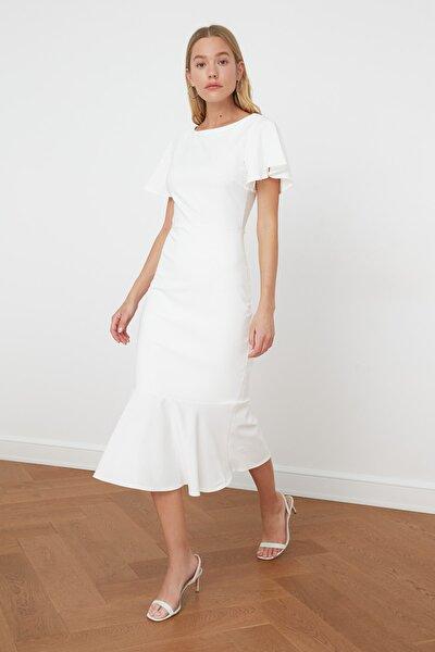 Beyaz Volanlı Midi Elbise TWOSS20EL1342