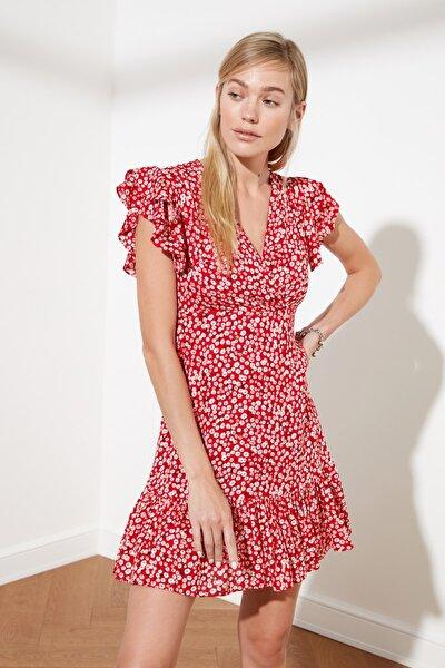 Kırmızı Çiçek Desenli Elbise TWOSS21EL0272