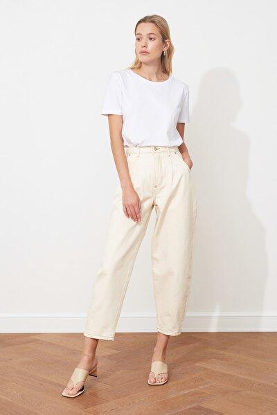 Ekru Pileli Yüksek Bel Slouchy Jeans TWOSS20JE0216