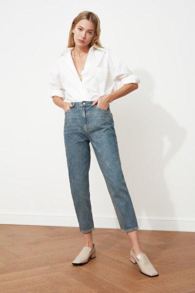 Mavi Yüksek Bel Mom Jeans TWOAW21JE0223