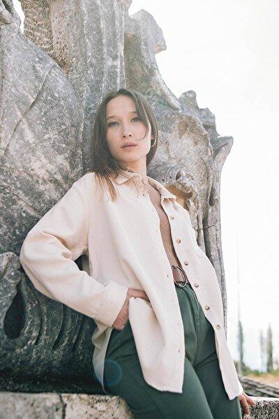 Kadın Bej Tek Cepli Kadife Gömlek G8061 - C13D13 Adx-0000023116