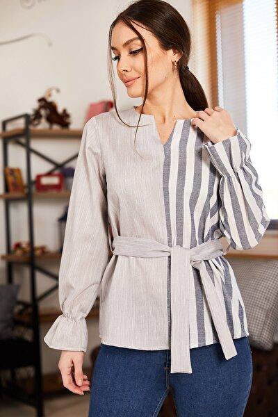 Kadın Gri Bloklu Kuşaklı Kolu Lastikli Bluz ARM-21K001145