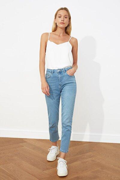 Açık Mavi Yüksek Bel Slim Fit Jeans TWOSS21JE0020