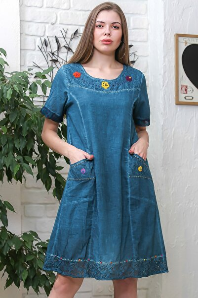 Kadın  Mavi Robası Dantel El İşi Örgü Çiçekli Cepli Astarlı Yıkamalı Dokuma Elbise M10160000EL95870