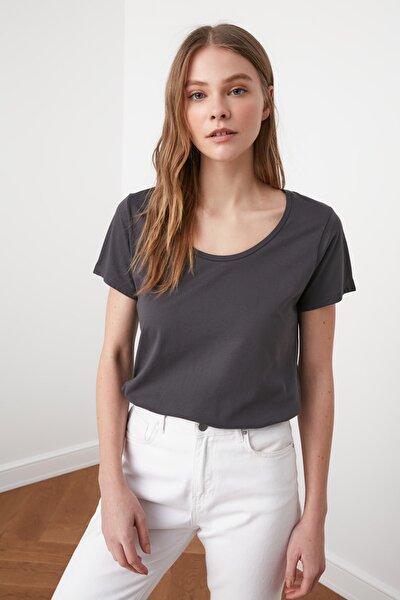 Antrasit %100 Pamuk Havuz Yaka Basic Örme T-Shirt TWOSS20TS0139