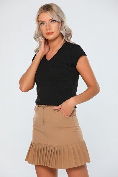 Kadın Siyah V Yaka Cep Detaylı T-shirt