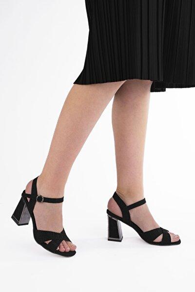 Kadın Siyah Klasik Topuklu Ayakkabı Akuze