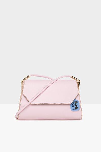 Pembe Kadın Askı Aksesuarlı Kapaklı Baget Çanta M000005779