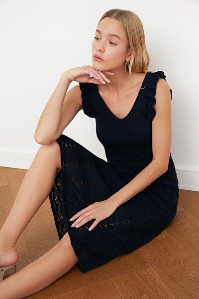 Lacivert Kolları Fırfırlı Triko Elbise TWOSS21EL0236