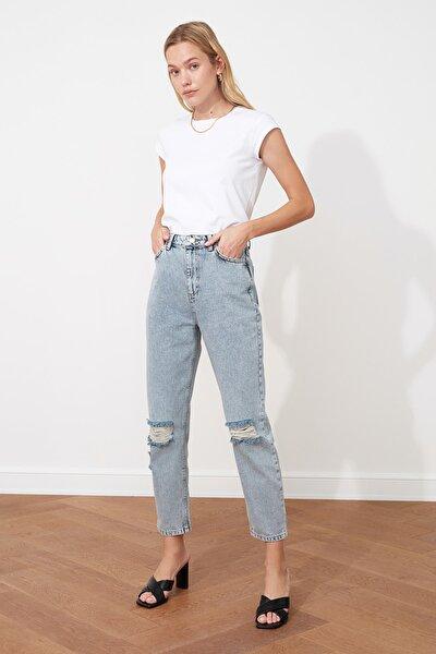 Mavi Yırtık Detaylı Yüksek Bel Mom Jeans TWOSS20JE0289