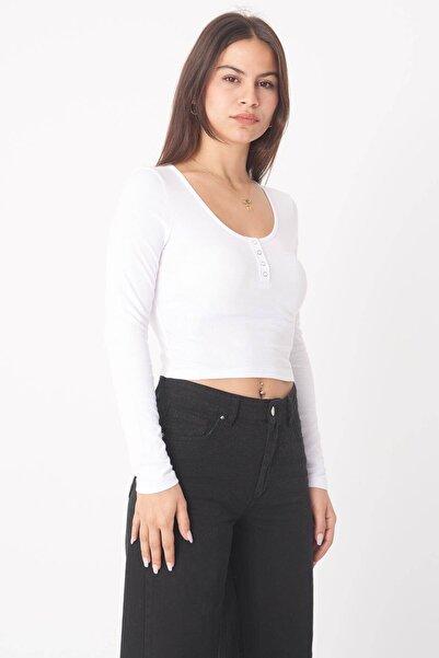 Kadın Beyaz Yakası Çıtçıtlı Bluz B1039 - W3 ADX-0000022787
