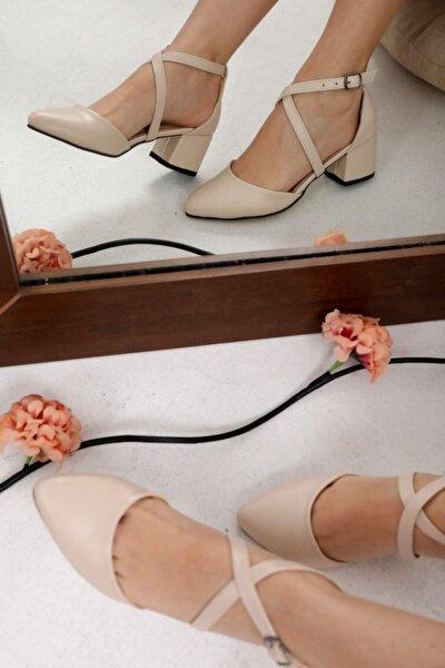 Kadın Bej Cilt Çapraz Topuklu Ayakkabı