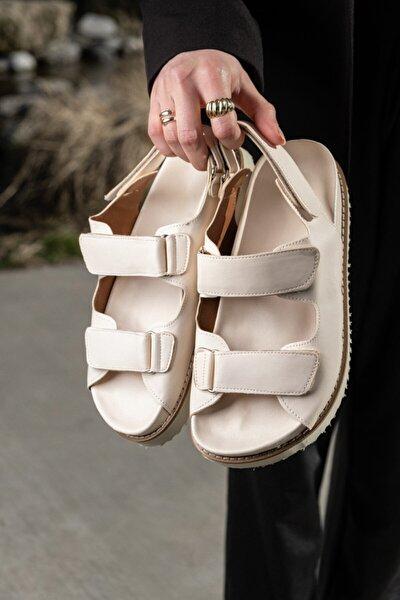 Kadın Bej Cırtlı  Sandalet