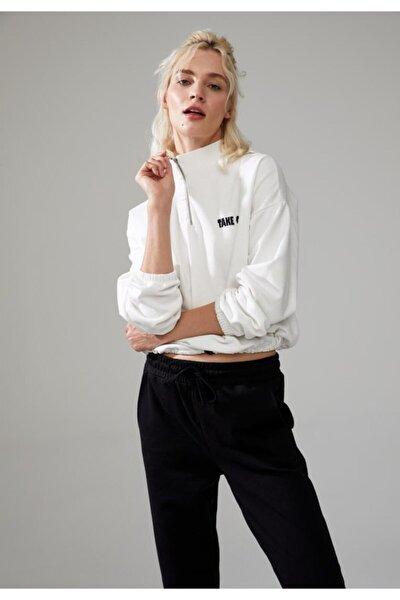 Yazı Baskılı Beli Büzgülü Sweatshirt
