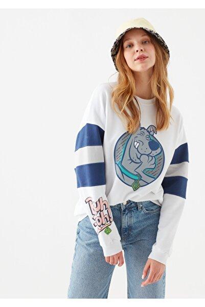 Kadın Beyaz Scooby Doo Baskılı  Sweatshirt