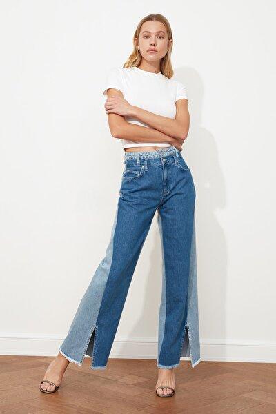 Mavi Renk Bloklu Paçası Yırtmaçlı Yüksek Bel Wide Leg Jeans TWOAW21JE0547