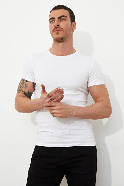 Beyaz Basic Erkek Lycra Slim Fit Bisiklet Yaka Kısa Kollu T-Shirt TMNSS21TS0803