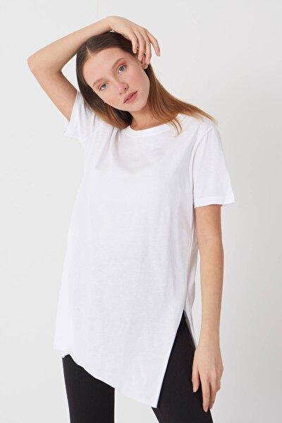 Kadın Beyaz Bisiklet Yaka T-Shirt P0101 - U4 - Z1 Adx-00007204