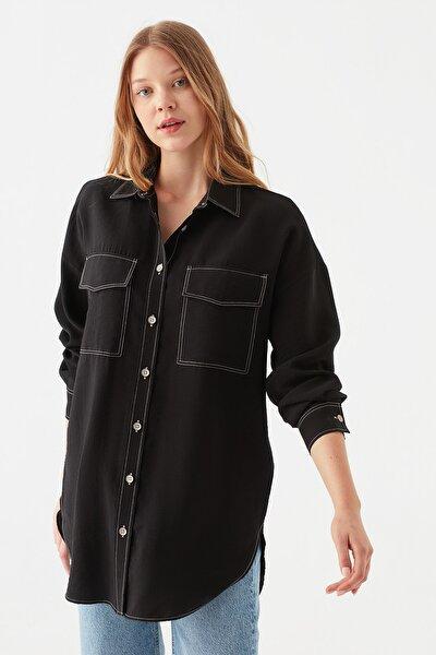 Çift Cepli Siyah Gömlek