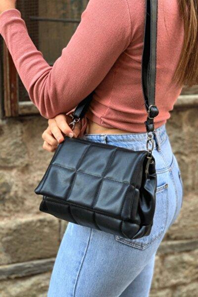 Siyah Kadın Kareli Çapraz Çanta