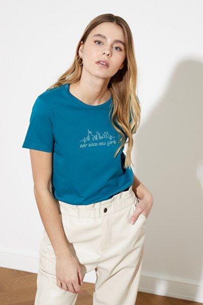 Petrol Basic Nakışlı Örme T-Shirt TWOSS21TS0377