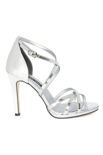 Kadın Gümüş Yılan Hologram Abiye Ayakkabı