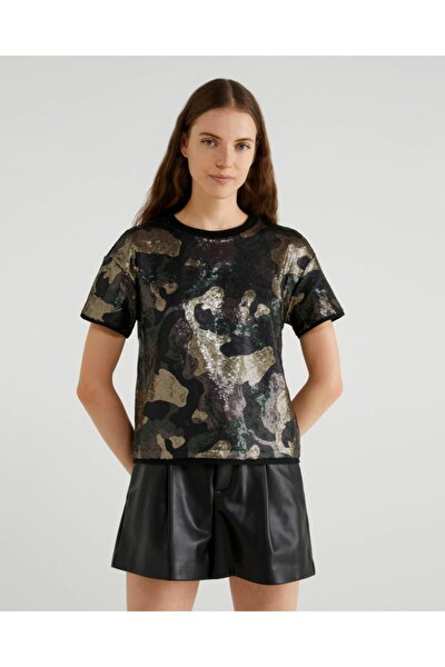 Benetton Pul Kaplı Kamuflaj Desenli Tshirt