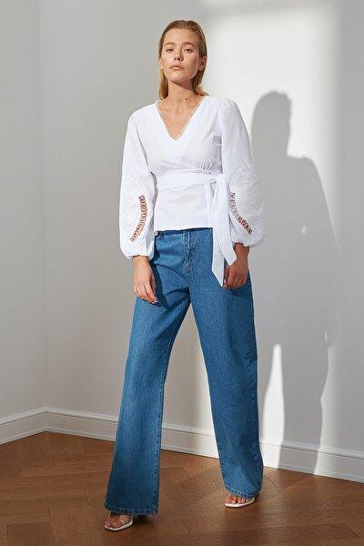 Ekru Bağlama Detaylı Bluz TWOSS21BZ0455