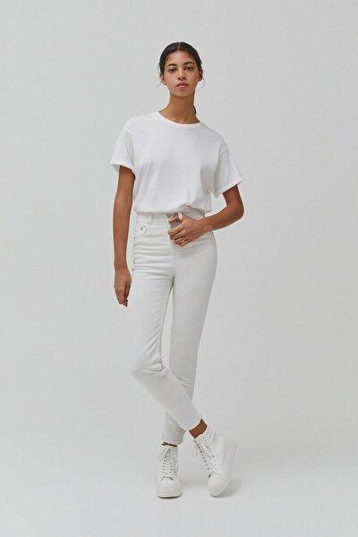 Kadın Beyaz Süper Yüksek Bel Slim Fit Mom Jeans
