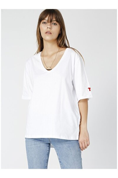 Talita Beyaz V Yaka Kadın T-shirt