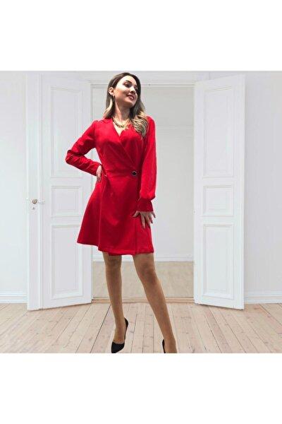 Kırmızı Renk Ön Düğme Detaylı Kruvaze Yaka Ceket Elbise.