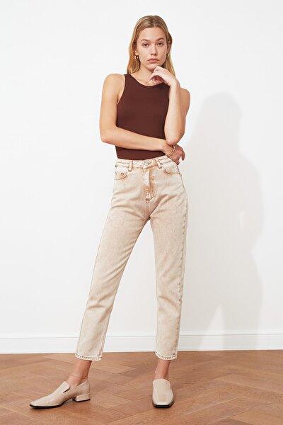 Taba Yüksek Bel Mom Jeans TWOSS21JE0172
