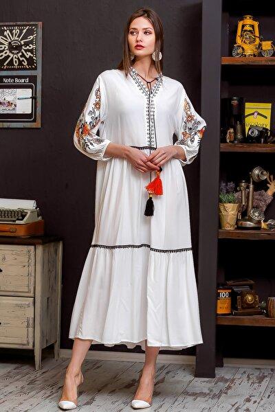 Kadın Beyaz Hera Kolları Ve Yakası Nakışlı El İşi Dev Püskül Detaylı Ponponlu Salaş Dokuma Elbise