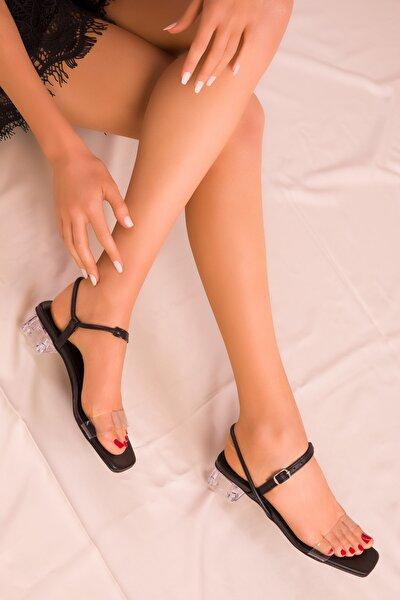Siyah Kadın Klasik Topuklu Ayakkabı 15873