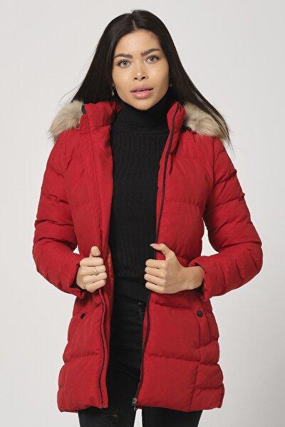 Kadın Kırmızı Kürklü Çıkabilir Kapüşonlu Şişme Mont Akıla Kadın Şişme Mont