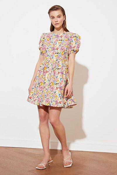 Çok Renkli Çiçek Desenli Volanlı Elbise TWOSS21EL0520