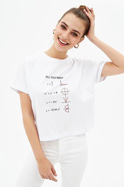 Kadın Beyaz Crop Baskılı Oversize Kısa Kollu Tişört P21s201-2044