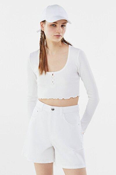 Kadın Beyaz Düğmeli Bisiklet Yaka Fitilli T-shirt