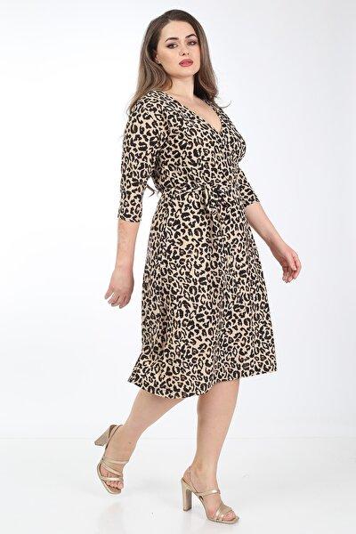 Kadın Kahverengi Tiger Desenli Kruvaze Yaka Büyük Beden Elbise