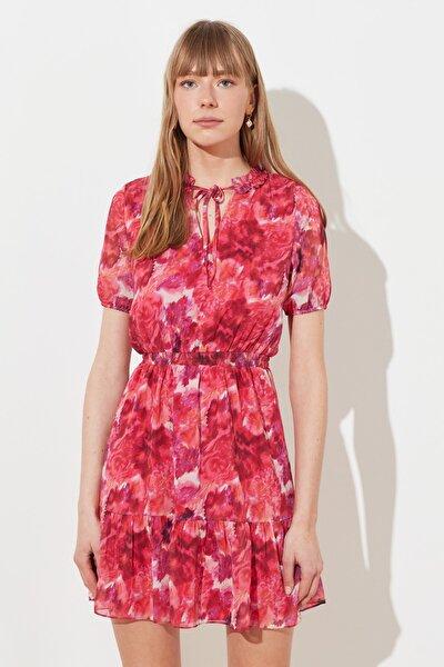 Çok Renkli Bağlama Detaylı Desenli Elbise TWOSS21EL1228