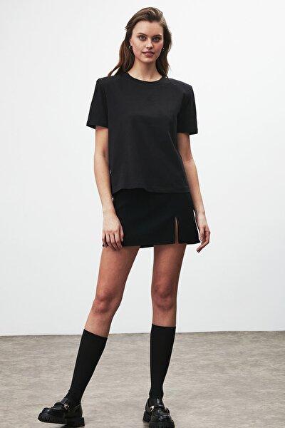 STELLA Kadın Siyah Omuzları Vatkalı Kısa Kollu T-Shirt
