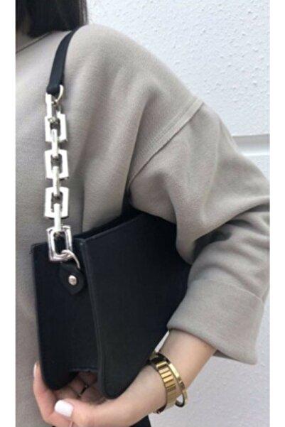 Siyah Kadın Zincir Detaylı Baget Çanta