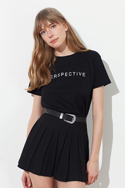 Siyah Baskılı Semifitted Örme T-Shirt TWOSS21TS0557