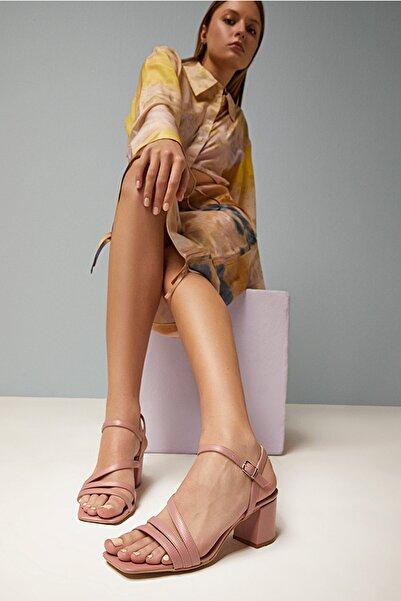 Natural Yaya Kadın Sandalet