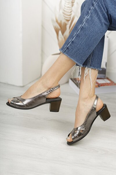 Kadın Deri Günlük Klasik Topuklu Sandalet