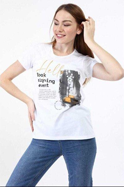 Kadın Beyaz Yazı Detaylı T-Shirt