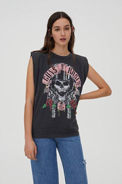 Kadın Soluk Siyah Omuz Detaylı Guns N' Roses T-Shirt 09249347