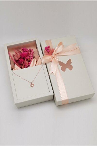 Özel Tasarım Kutuda Kuru ��içekler Ve Rose Kalp Gümüş Kolye